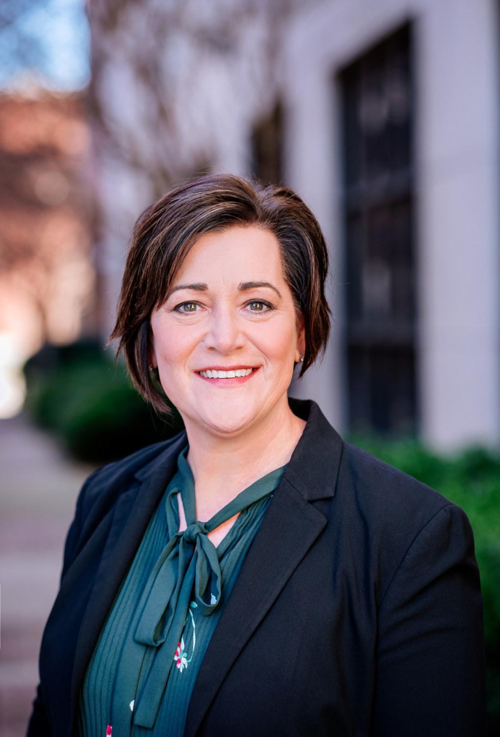 2021-Dr. Kelly Nichols